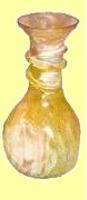 L'Egypte des Premiers Temps connaissait l'industrie du verre soufflé.