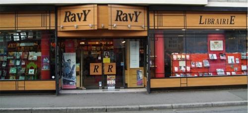Librairie Ravy à Quimper où l'on trouve le roman d'enquête L'AFFAIRE MORMON